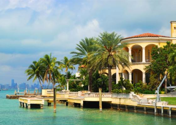 Miami-luxurious-mansion